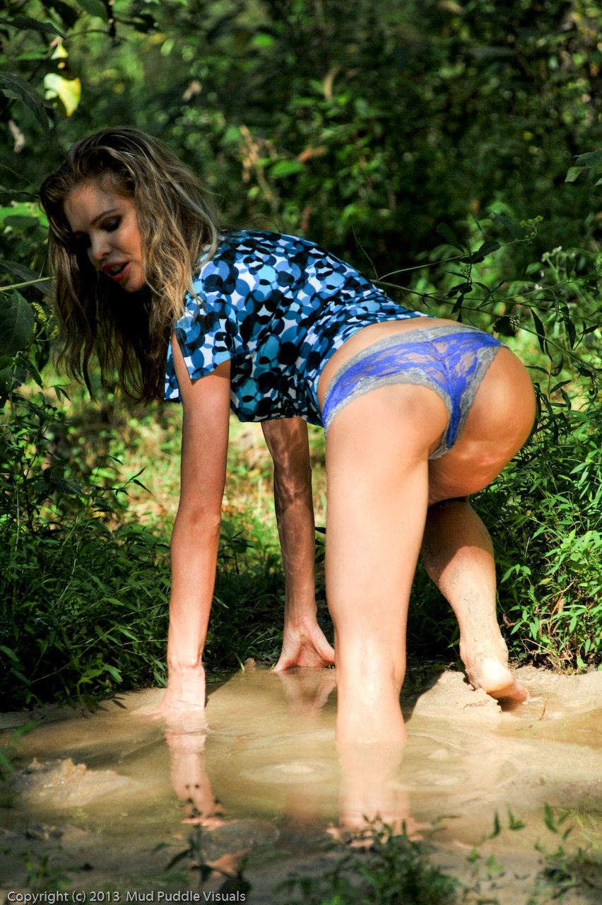 Candle Boxxx in quicksand Candle-aroused-in-real-quicks_3