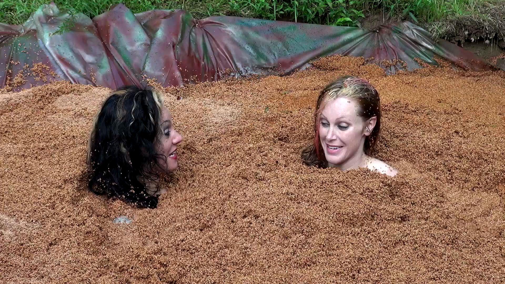 Gummi Big Boobs Quicksand Hollywood-quicksand-the-begin_22