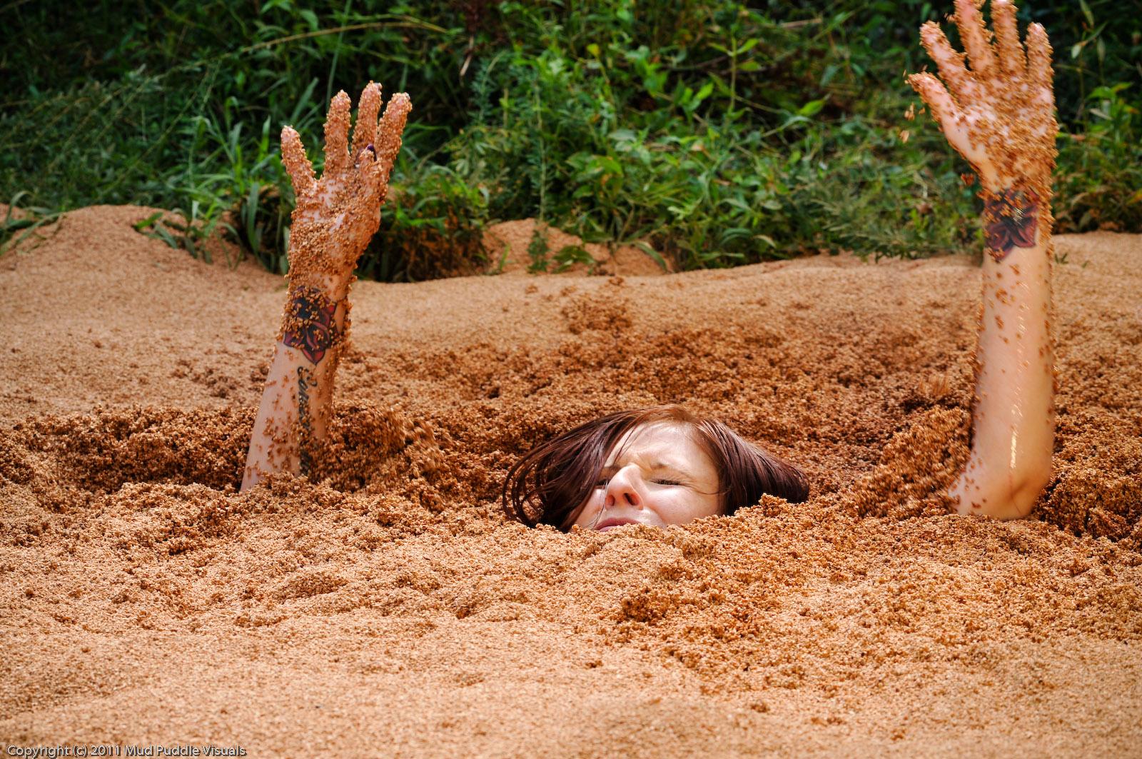 Paris Kennedy quicksand Paris-in-hollywood-quicksand_7