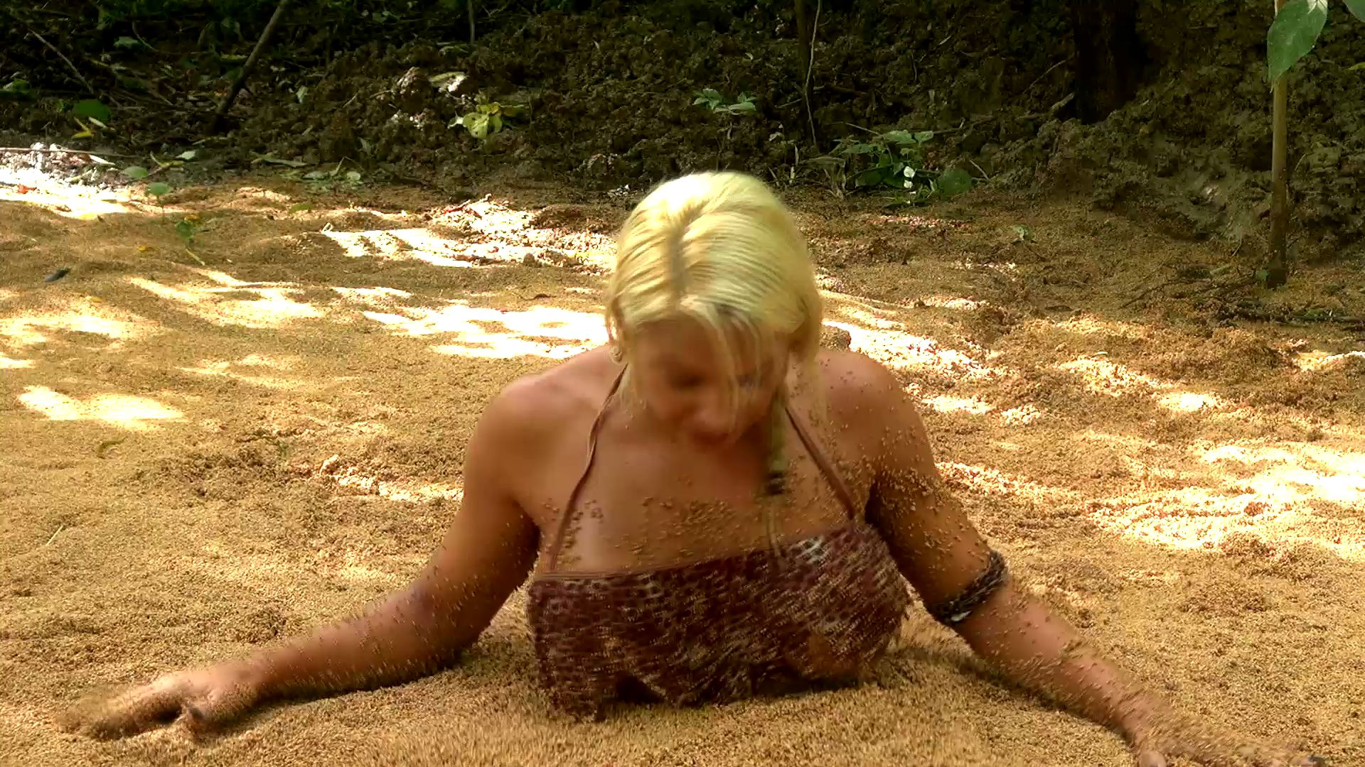 Summer in quicksand Summer-the-jungle-girl_15
