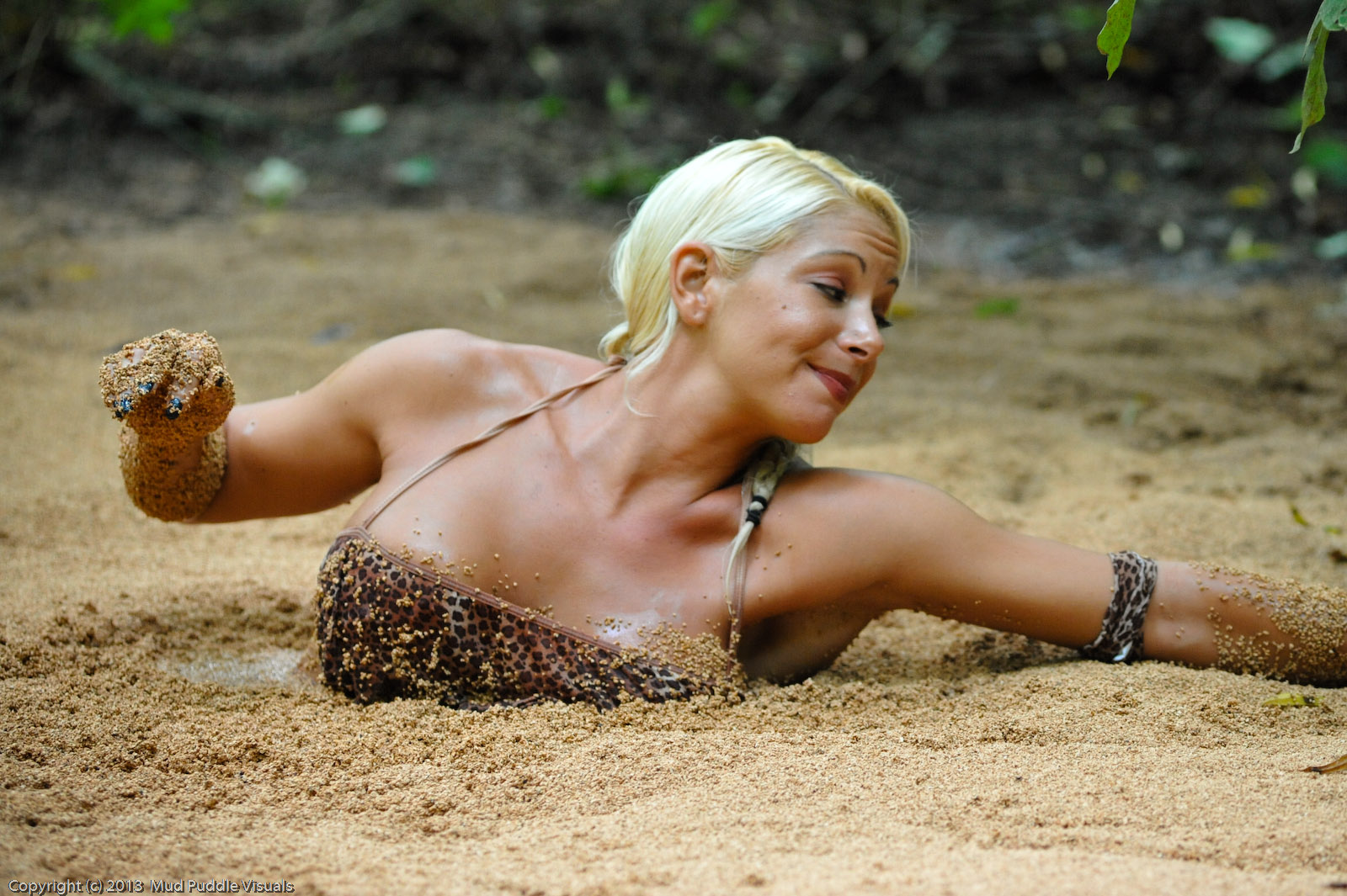 Summer in quicksand Summer-the-jungle-girl_5