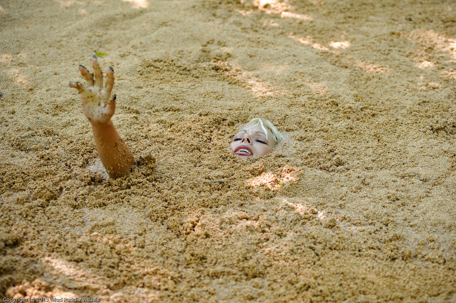 Summer in quicksand Summer-the-jungle-girl_8
