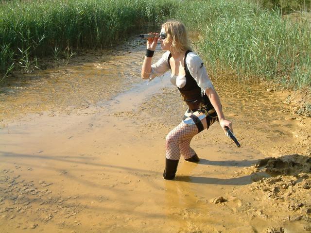 Эффектные сливы воды из сапог. Pics1454_2006-10-15_08-40-29_61983
